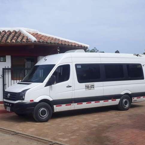 REISEN TRANSPORTE EN EL HOTEL DE LOS FUNDADORES cuadrada